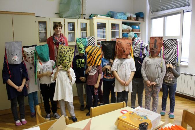 Pustni običaji in izdelovanje mask
