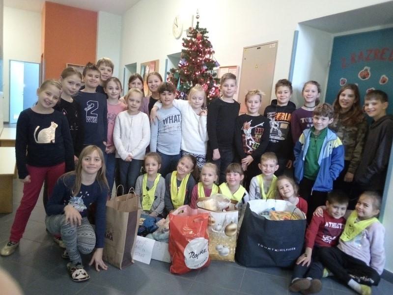 Otroci otrokom ob praznikih